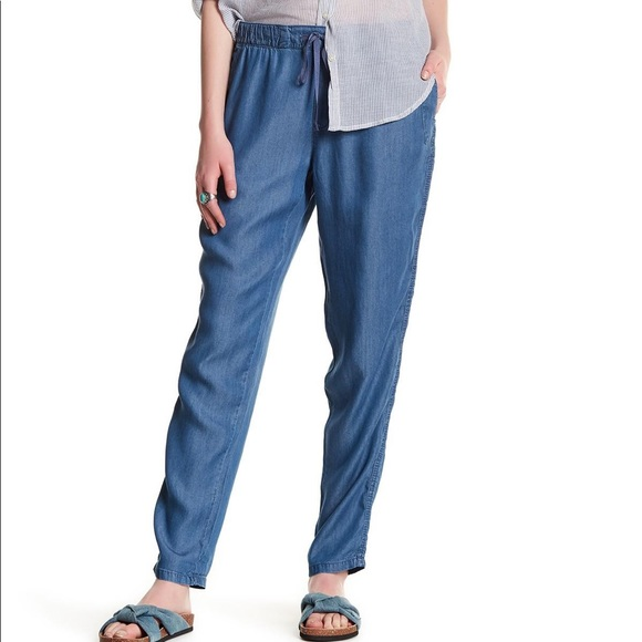 Nordstrom Pants - Joe Fresh Chambray Pull On Pant